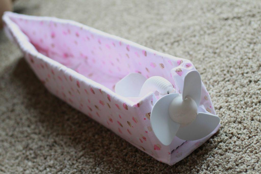 diy-airplane-diaper-cake