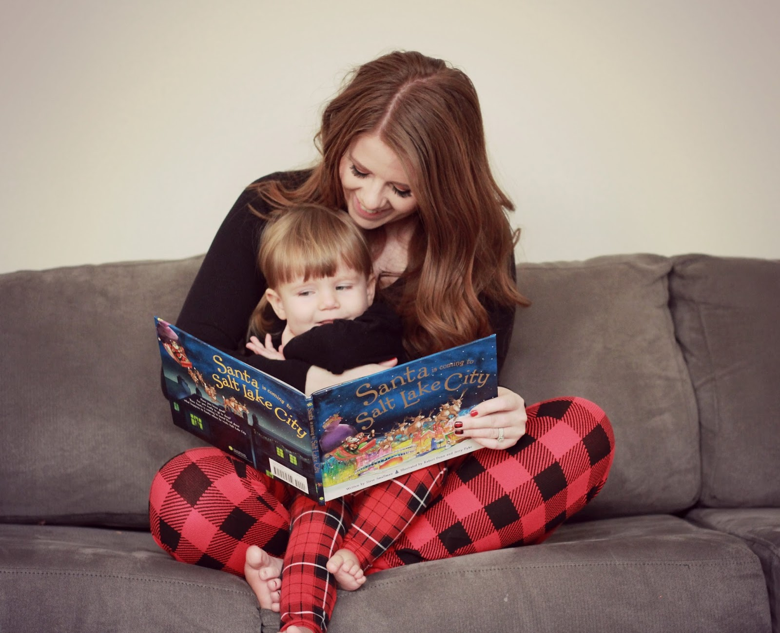 Mommy Style Monday: Favorite Books graphic