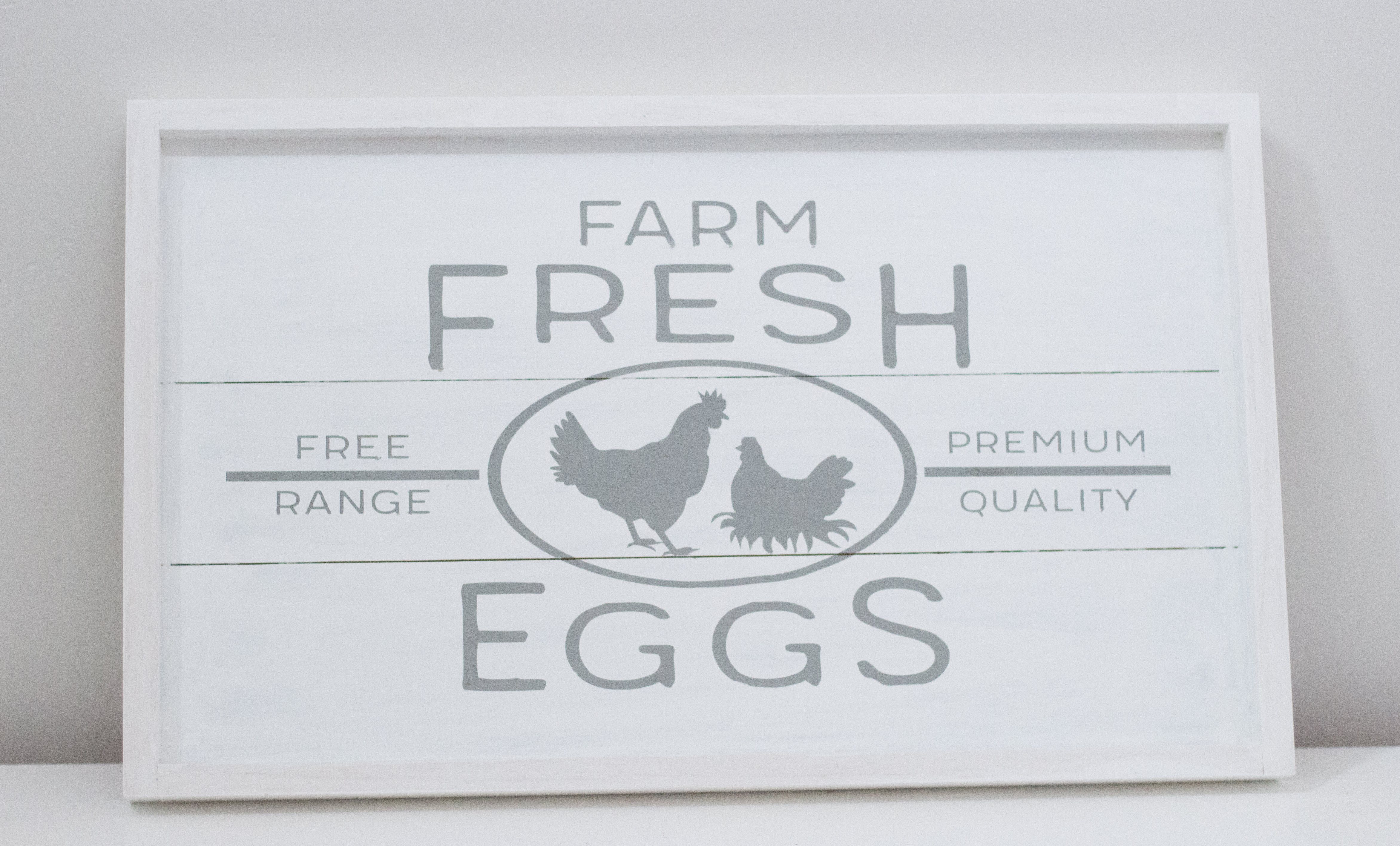 DIY Farmhouse Free Range Chicken Sign graphic