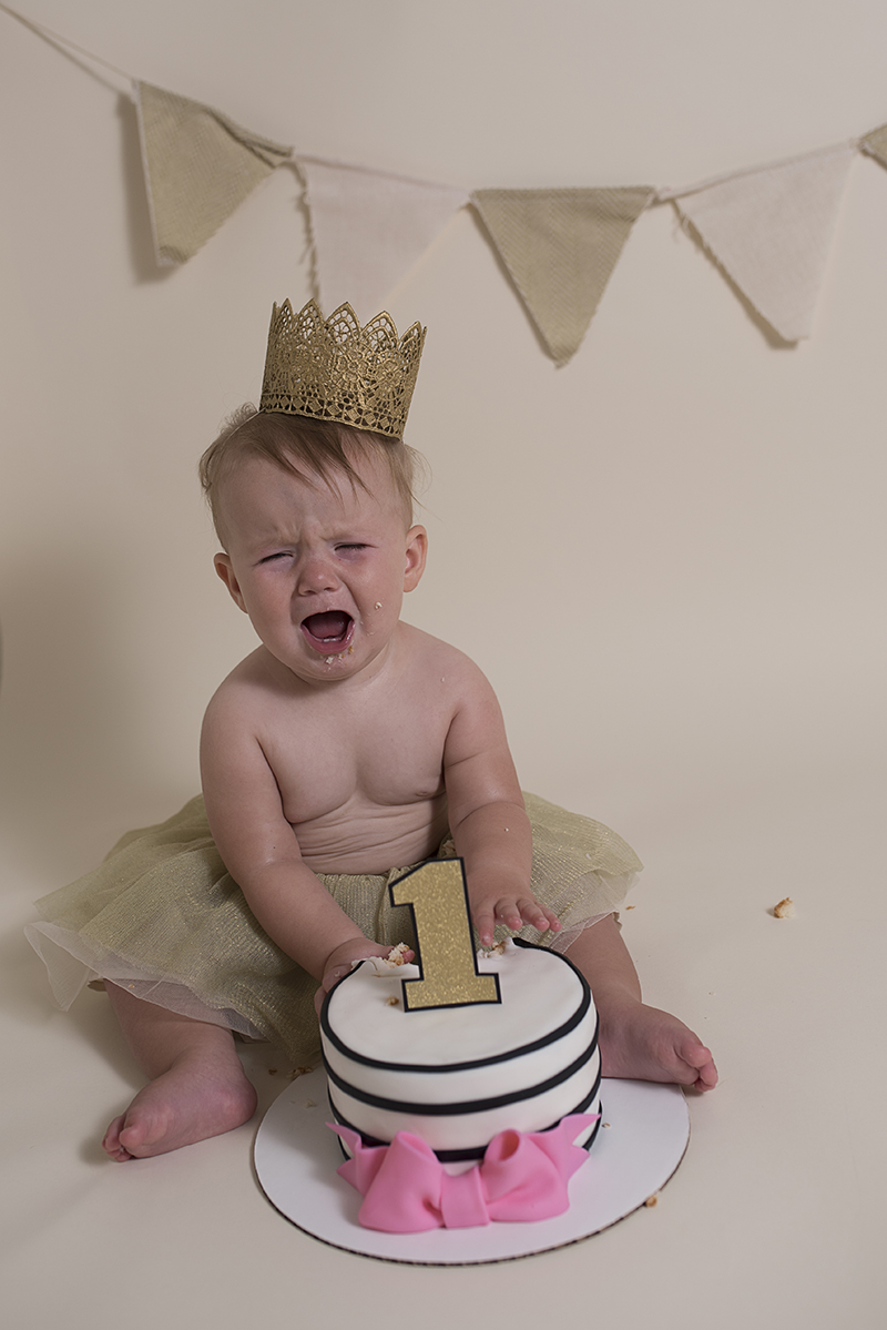 Sassy Cake Smash Photos