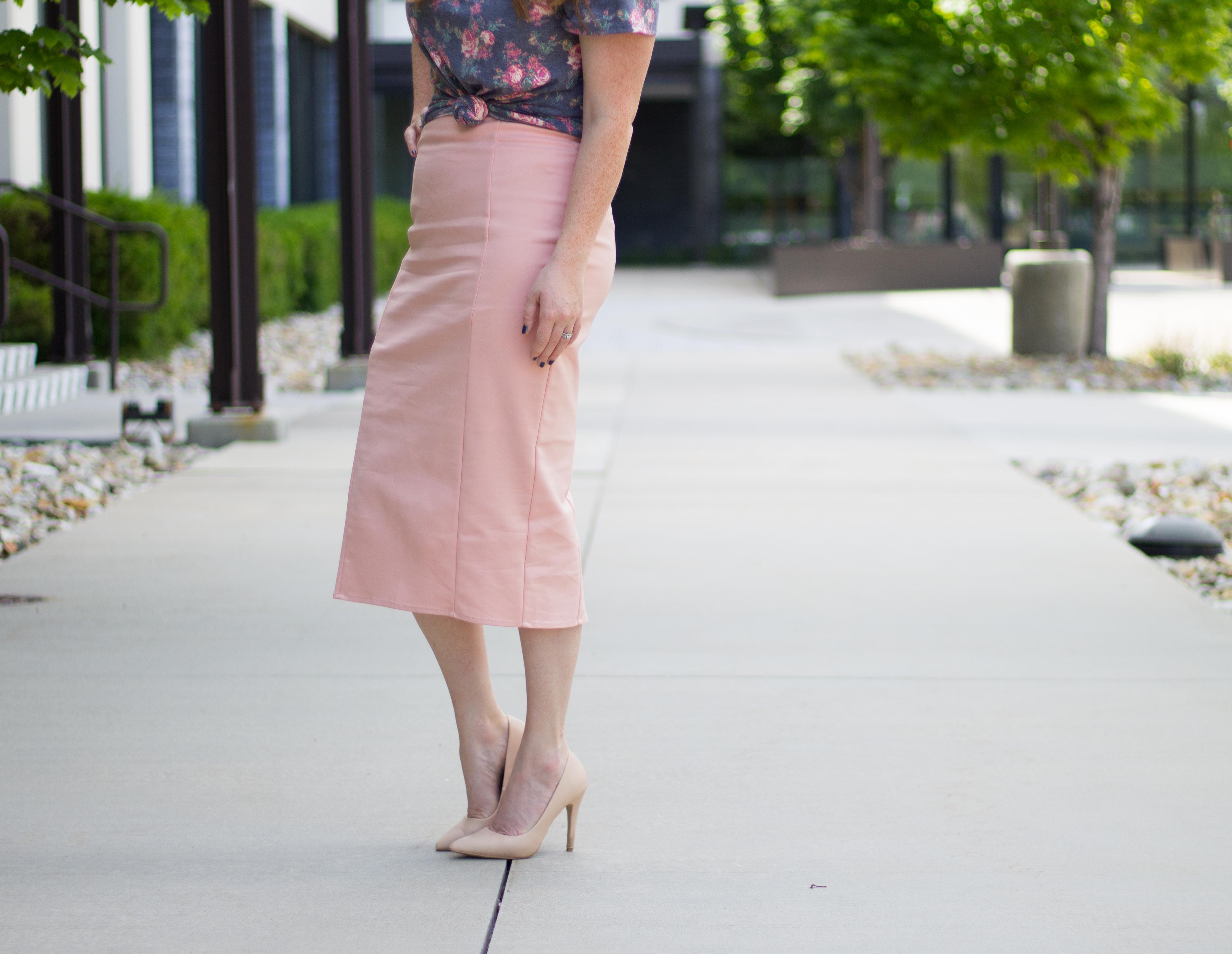 vintage summer: Lularoe Classic Tee Outfit