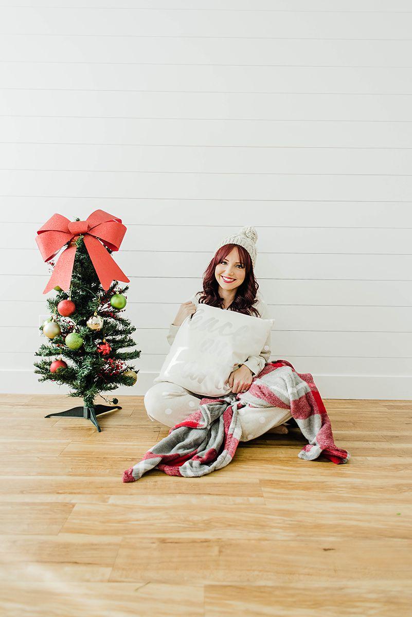 6 Holiday Pajamas