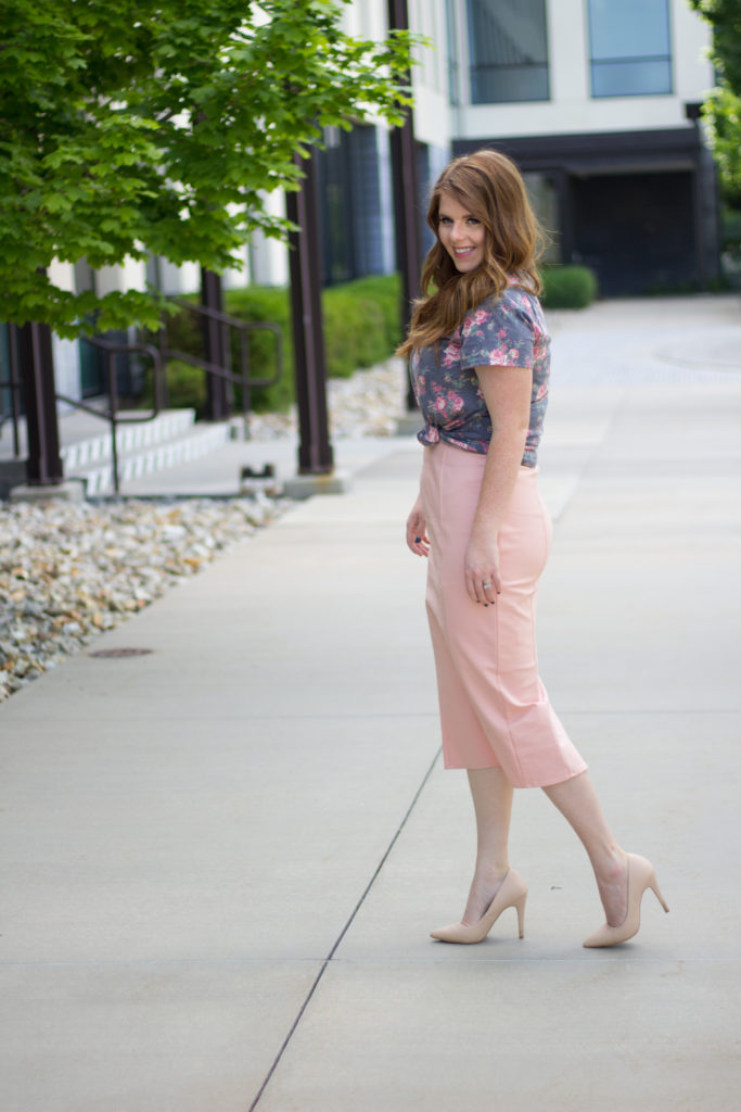 How to Style a Pencil Skirt: Different ways to wear and style a pencil skirt