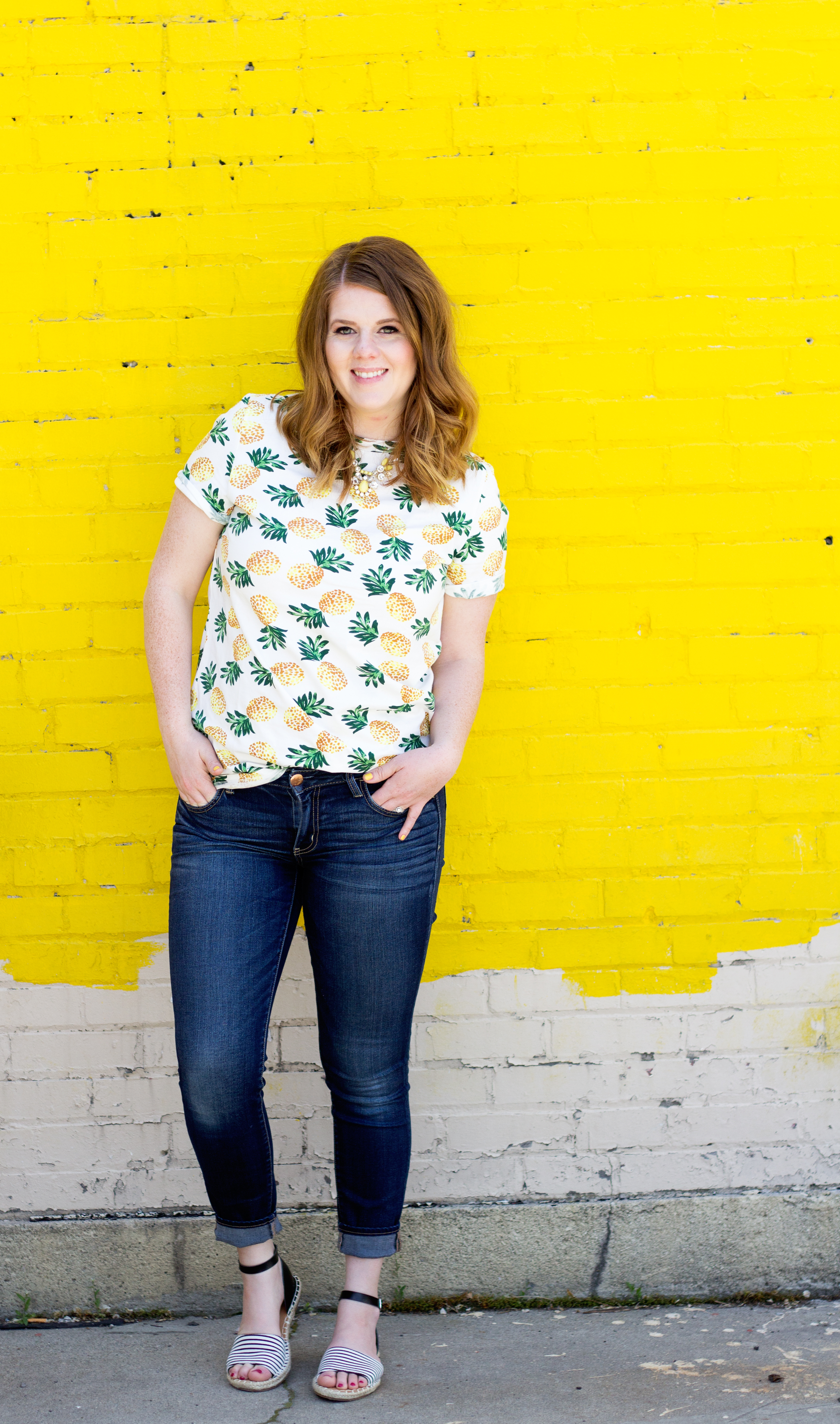 pinapple tee and jeans