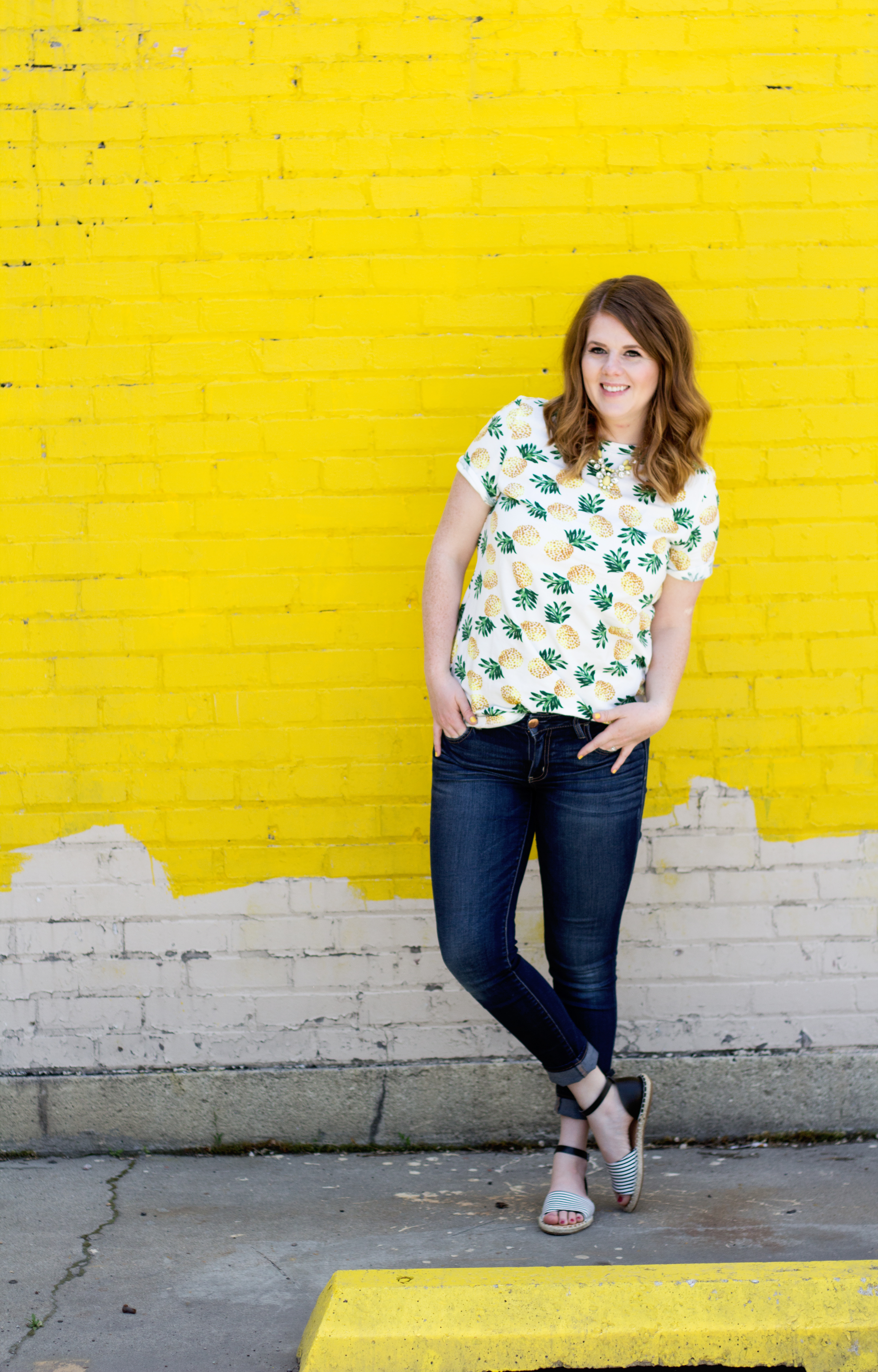 Styling a Pineapple top for summer